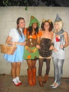 Wizard of oz - girls style! Super Cute. Lauren, youd be the perfect Dorothy!
