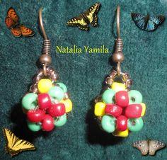 Handmade earrings. Aros. Aretes. Caravanas. Orecchini. Pendientes. Artesanal. Beads. Beaded. Rasta. rastafari