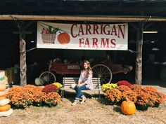 Rene had an incredible time filming for the newest episode of Winding Roads at Carrigan Farms! We can't wait to show you what all this beautiful place has to offer from hay rides, to a pumpkin patch, and a wedding venue that's breathtaking!