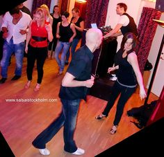 Friday Mambo again and again - Salsa i Stockholm