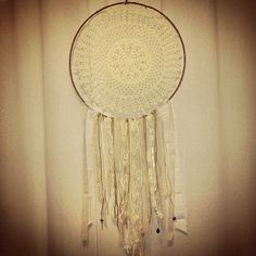 Crochet dream catcher with lace and fabric Dream Catcher, Crochet, Lace, Fabric, Crafts, Home Decor, Crochet Hooks, Tejido, Homemade Home Decor