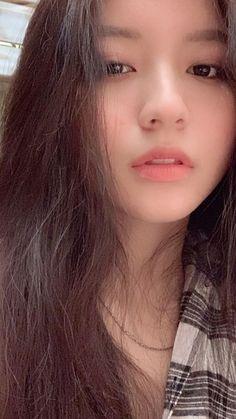 Tin • Instagram Ulzzang Korean Girl, Cute Korean Girl, Ulzzang Couple, Asian Girl, Korean Best Friends, Shadow Photos, Girl Korea, Uzzlang Girl, Korean Aesthetic