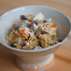 Roasted Butternut Squash Risotto with Sugared Walnuts - Pinch of Yum I would change this a bit to make vegan...
