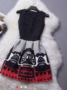 Vestido negro con arte  rupestre $25000 Talla s-xs-m