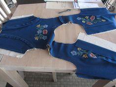 Lisbeths Nordlandsbunadprosjekt fra begynnelse til slutt Folk Costume, Costumes, Norwegian Clothing, Folk Clothing, Norway, Sewing Crafts, Dress Up, Namaste, Embroidery