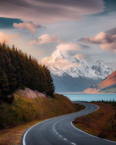 I've been out here in New Zealand for the last week working on a project, so it's been hectic trying to get on social media. Beautiful Roads, Beautiful Landscapes, Beautiful Places, Landscape Photography, Nature Photography, Travel Photography, Pretty Photos, Beautiful Pictures, Image Nature