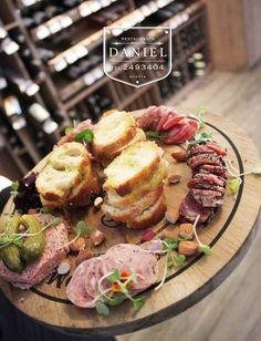 Nuestra Tabla Rustica Charcuteria!www.daniel.com.co/menu