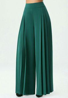Fashion pants - 21 Wide Leg Pants To Add To Your Wardrobe Fashion Pants, Hijab Fashion, Fashion Outfits, Work Fashion, African Fashion Dresses, African Dress, Pantalon Large, Mode Hijab, Indian Designer Wear