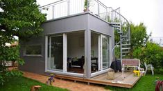 Mini-houses: micro house: 28 sqm + free seat – new building – house ideas, that's how we want to build - Build Container Home Tiny House Village, Tiny House Cabin, Tiny House Living, Tiny House Plans, Modern Tiny House, Tiny House Design, Timy Houses, Backyard Office, Prefabricated Houses