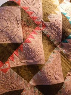 """Diane Gaudynski """"A New Tradition in Quilting"""": Season's Greetings"""