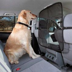Solvit Front Seat Net Barrier - keeps pets calm and contained.