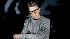 Subastarán obras de arte de la colección de David Bowie    Obras de arte la colección del fallecido músico británico David Bowie, entre las que se destacan artistas como Damien Hirst, Jean-Miche... http://sientemendoza.com/2016/11/09/subastaran-obras-de-arte-de-la-coleccion-de-david-bowie/