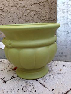 Ceramic planter/vase