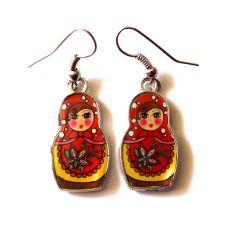 Keltaiset maatuska korvakorut Drop Earrings, Christmas Ornaments, Store, Holiday Decor, Jewelry, Jewellery Making, Tent, Christmas Jewelry, Larger