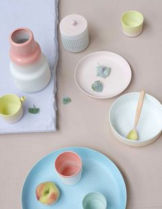 Servies in pastel