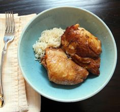 Slow Cooker Chicken Thighs, Chicken Adobo, Chicken Cacciatore, Asian Recipes, Ethnic Recipes, Easy Recipes, Dinner Recipes, Chicken Thigh Recipes, Chicken Meals