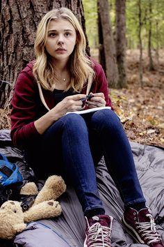 "{Changing Samantha/Sam's FC to Chloe Grace Moretz} ""I... I'm the Alpha's mate..."""