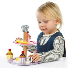 Cake and stand set - Expressive Arts & Design - Early Years | EYP Direct