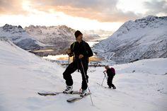 Vågan, Lofoten, Northern Norway. Copyright: Espen Mortensen