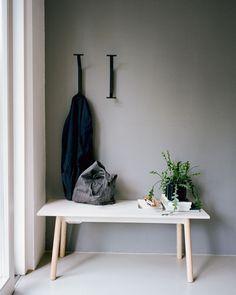 Hallway Inspiration, Interior Design Inspiration, Scandinavian Living, Scandinavian Design, Wall Hanger, Wall Hooks, Design Bestseller, Black Stains, Small Furniture