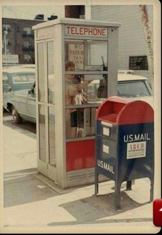 What used to be so common, on every street corner. Can't find either of these anymore. telephone booth mail box memories good old days My Childhood Memories, Sweet Memories, 1980s Childhood, Telephone Booth, Vintage Telephone, Photo Vintage, Baby Boomer, Ol Days, My Memory
