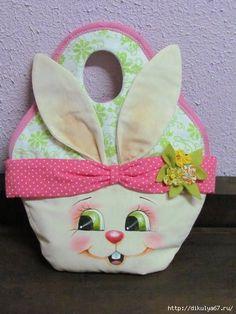 CLUB DE LAS AMIGAS DE LAS MANUALIDADES Sewing Dolls, Foam Crafts, Cute Bags, Craft Tutorials, Easter Crafts, Easter Bunny, Handicraft, Needlework, Projects To Try