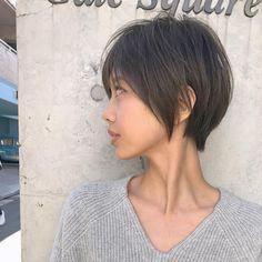 いいね!238件、コメント2件 ― ボブ ショート パーマ 丸顔/浅倉一馬さん(@asakura_acqua)のInstagramアカウント: 「すっきり感のあるショートヘア . . すっきりはさせたいけど ボーイッシュっぽくはさせたくない 人にオススメです♪ . . より素敵なショートヘア 提供させていただきます。 . .…」