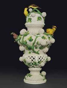 A 18th,C. MEISSEN LARGE SCHNEEBALLEN VASE AND DOMED COVER