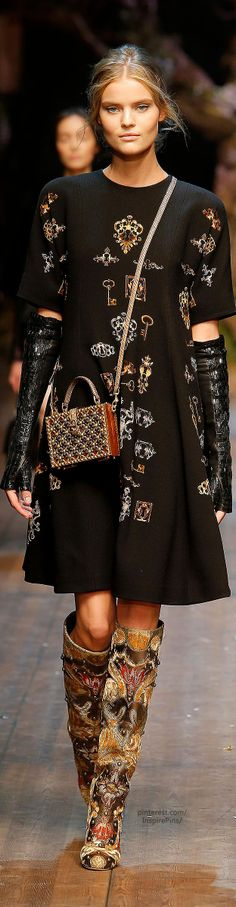Smoky Eyes Designed for Sisters: Get the Sultry Look From Balmain's Fall '15…