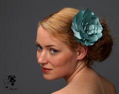wonderfull camelia - bridal headpiece