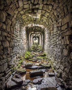 High on the moors to the north of Grassington in Yorkshire are an extensive area of ruins that once formed an important lead mining… Old Buildings, Abandoned Buildings, Abandoned Places, Haunted Places, Beautiful Homes, Beautiful Places, House Beautiful, Beautiful Buildings, House Of Beauty