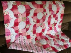 Sew Fresh Quilts: Sew Retro, Baby! quilting complete
