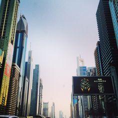 UAE // dubai شارع الشيخ زايد // دبي