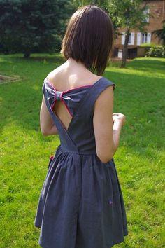 Modèle Roma de C'est dimanche avec une modification du dos tout simplement magnifique !!