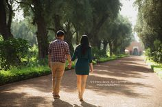 Couple photo session in Marrakech - Morocco copyright Veronique Schotte