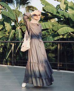 Modest Outfits, Modest Fashion, Hijab Fashion, Fashion Outfits, Womens Fashion, Hijab Dress, Hijab Outfit, Hijab Niqab, Islamic Fashion