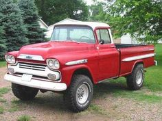 Pick up Lifted Trucks For Sale, Lifted Chevy Trucks, Classic Chevy Trucks, Gm Trucks, Cool Trucks, Diesel Trucks, Classic Cars, Dually Trucks, Chevy Pickups