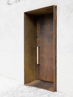 "Gallery of Restoration of the ""Casino di Bersaglio"" / weber+winterle architects – 7 Galerie der Restaurierung des ""Casino di Bersaglio"" / Weber + Winterle Architekten – 7 Detail Architecture, Interior Architecture, Interior Design, Facade Design, Door Design, Design Hotel, Door Detail, Entrance Doors, Modern Entrance Door"