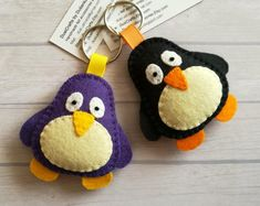 Updates from DusiCrafts on Etsy - Keychain Felt Crafts Patterns, Felt Crafts Diy, Diy Crafts To Sell, Sewing Crafts, Sewing Projects, Felt Penguin, Felt Cat, Felt Keychain, Moving Gifts