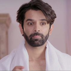 Arnav Singh Raizada, Gents Hair Style, Arnav And Khushi, Hindi Movies, Most Romantic, My Crush, Best Actor, In A Heartbeat, Kos