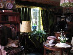 Dollhouse sitting room