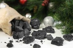 Christmas Coal Candy... Very very tempted to make this for a few people...