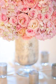 berengia:  pink roses and hydrangeas