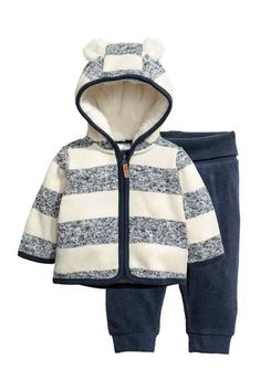 Strong Souls Baby Boys Hooded Fleece Dressing Gown Lamb