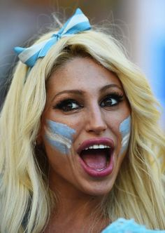Photogenic fans of the World Cup - Day 32