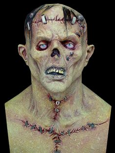 Full over-the-head latex mask, individually hand painted. Hollywood movie look!