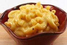 I absolutely love, love this Mac 'n Cheese Recipe.  I skip the ham, bump of all the cheeses to 8 ounces, cut the milk to 3 cups and double the elbow pasta.