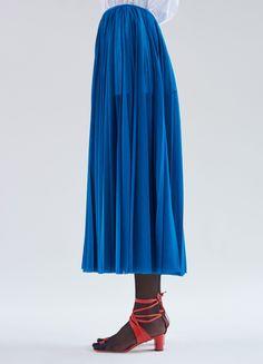 Pleated Skirt in Bright Sheer Jersey - Spring / Summer Runway 2017   CÉLINE