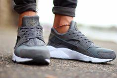 grey huarache