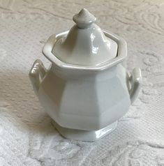 White Ironstone Vegetable Dish Ironstone Casserole Simply White Country Cottage Home Farmhouse Farm House Victorian Tableware